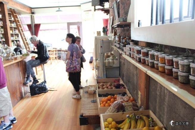 IMG_9708Finch's Market Cafe