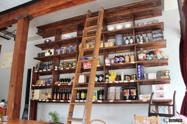 IMG_9734Finch's Market Cafe