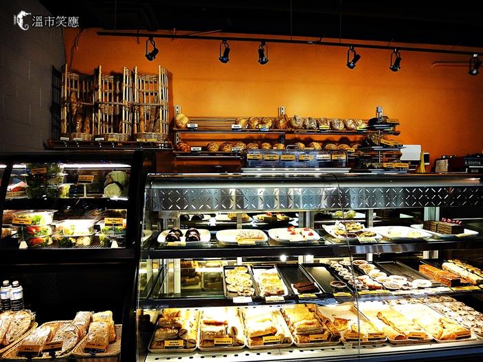 DSC00151Swiss Bakery