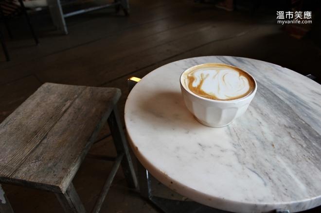 CoffeeshopIMG_5321RLaMarche