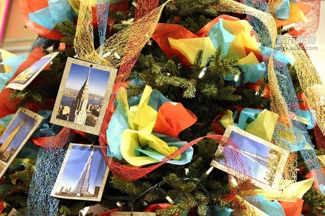 ChristmasRIMG_7363FourSeasonsTrees