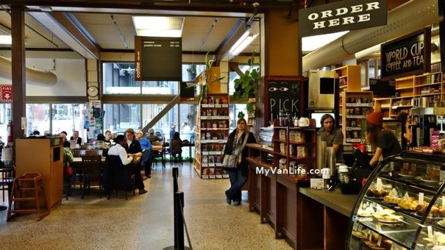 bookstoreDSC06918Powells