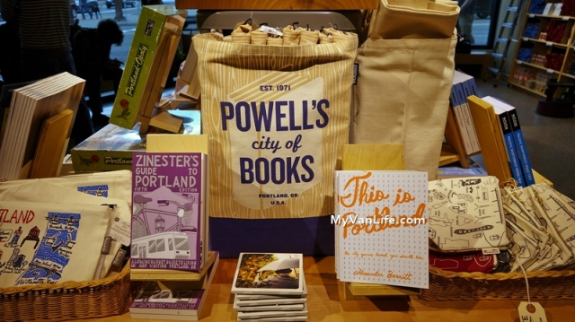 bookstoreDSC06925Powells