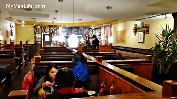 RestaurantRDSC06507Nando's