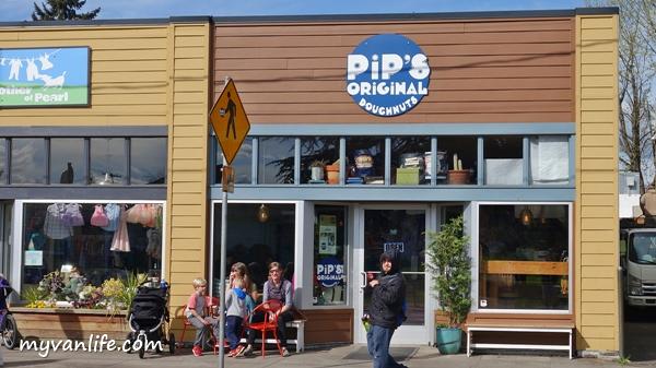 dessertDSC07240Portland Doughnuts